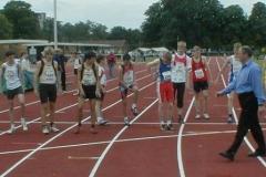 Start zum 1000m Lauf Schüler A M15, 3.v.l. Ingmar Fröhlich, rechts daneben Kenneth Gerschler