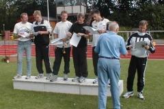 Siegerehrung Mannschaften M30/35 v.l.n.r: LAV Zeven I U.Neblung (fehlt), B.Bredehöft,J.Dohrmann, MTV Soltau, A.Brümmerhoff, J.Hagge,P.Eichhorn LAV Zeven II R.Dohrmann, D.Bredehöft (fehlt), T.Zschiesche (fehlt)