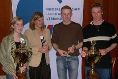 v.l.n.r. Miriam Buck TuS Alfstedt , Catharina Mangels TuS Alfstedt, Timm Müller LAV Zeven, Christoph Gütersloh TuS Rotenburg