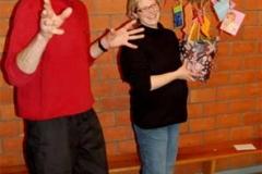 Alexandra Martens mit einem Wunschbaum verabschiedet