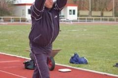 Burghard Christgau vom SV Blau-Weiß Bornreihe gelang mit dem 50 kg-Stein vor dem Zevener Publikum die Aufstellung eines neuen Weltrekords im Ultrasteinstoßen seiner Altersklasse.