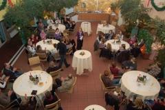 02: Gut gefüllt waren die Tische im Innenhof des Ringhotel Paulsen bei der diesjährigen Weihnachtsfeier der Leichtathleten.