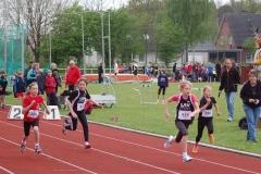 Sophia Rathjen (Nr. 135) - hier beim Sprint über die 50 m – Distanz - belegte in der Gesamtwertung im Dreikampf der Schülerinnen C (W 10) den zweiten Platz.