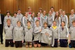 TSI spendet Sportkleidung für die Leistungsgruppe der LAV Zeven