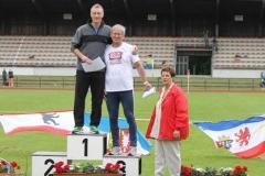 Siegerehrung 200m M55 Nordd. Meister Frank Kindermann, MTV Wolfenbüttel, 3. Platz Jürgen Umann, LAV Zeven