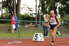 Start 400m M60 Helmut Meier, auch in dieser Disziplin Norddeutscher Meister