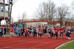 Start zum Lauf der M08 und jünger und M09 über die 800m Distanz.