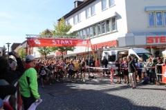 Start für die 10km und Halbmarathonläufer