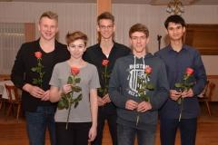 Janosch Bieck, Katharina Eberle, Niklas Bredehöft, Janik Dohrmann und Kevin Lembach (v.li.) erhielten auf dem KLV-Verbandstag für ihre sportlichen Leistungen DLV-Bestennadeln.