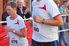 Zi11: Auch Norbert Wolf, der stellvertretende Bürgermeister Zevens, und seine Frau Simone waren unter den Aktiven und starteten für das Team Sport nach Krebs über die 5km.
