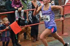 Fiona Affeldt (TV Lilienthal) siegte über 5 km mit einer Zeit von 19:19.