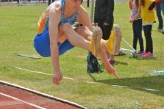 zi04: Lennard Voigt (HSG Universität Greifswald) sicherte sich mit 13,46m im Dreisprung der MJ U18 den Sieg.