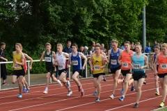 Schnellster Läufer der Männer über die 1500m war mit 3:52,31 min Dan Bürger (Nr. 40, LG Nord Berlin).