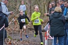 Bis zur Ziellinie spannend war das Rennen zwischen Tjelle Haber (Nr. 110) und Tom Stephan (Nr. 1).