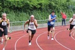 Czeslaw Pradzynski (Nr.94) und Helmut Meier (Nr.162)  gehören seit vielen Jahren zu den schnellsten Seniorensprintern.