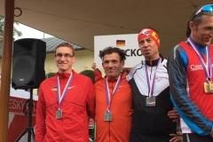 Das Team Nemecko (Deutschland) bei der Siegerehrung (von links: Marcel Frank, Wolfgang Wäger, Konrad Kufner)