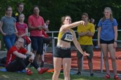 Lena Behrens von der LAV Zeven trat am Sonntag auch im Kugelstoß der weiblichen Jugend U18 an.