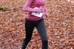 Julia Wolff (Nr. 35, LAV Zeven) lief über die 1800m 9:11min. Damit belegte sie bei der Jugend W14 den vierten Platz.