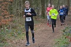 Linus Henning (Nr. 19, 7:47 min) kam über die 1800m der Jugend M13 auf den zweiten Platz und sein Vereinskamerad Tjelle Haber (Nr. 31, 7:49 min) bei der Jugend M12 auf den dritten Rang.