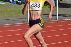 Xenia Krebs (VfL Löningen) siegte am Sonnabend über die 1500m der WJ U18 in 4:29,84 min, einem neuen Pfingstsportfest-Rekord in Zeven.