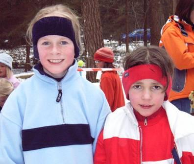 Schülerinnen D Luisa Schlesiger und Mara Wegener vom TV Sottrum