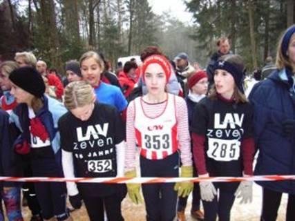Start Schülerinnen B 352 Doreen Brünjes 353 Tami Gerken 285 Rika Kosmata
