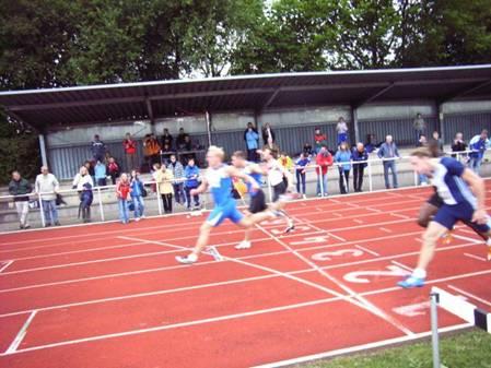100m A-Endlauf der Männer Sieger Marc Blume, TV Wattenscheid 10,59 sec.