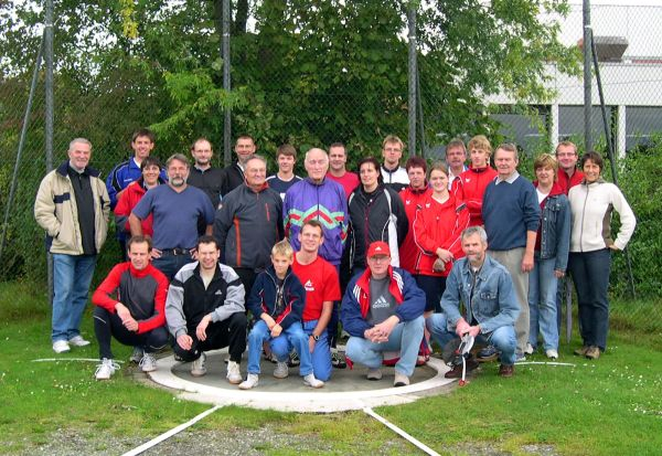 Am Samstag maßen sich die Aktiven aus fünf Vereinen auf der Sportanlage an der Kanalstraße im Rasenkraftsport.