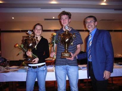 Sparkassenpokale für Anne Katrin Kahrs, TuS Alfstedt und   Dennis Bruns, TuS Rotenburg