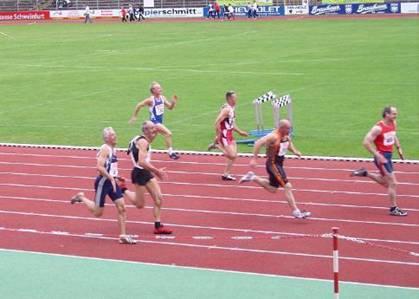 100m Endlauf M55 Sieger R. Michelchen zu schnell schon vorbei.  Zweiter R.König vor W.Niemann. Helmut auf Bahn 7 wird guter Fünfter.