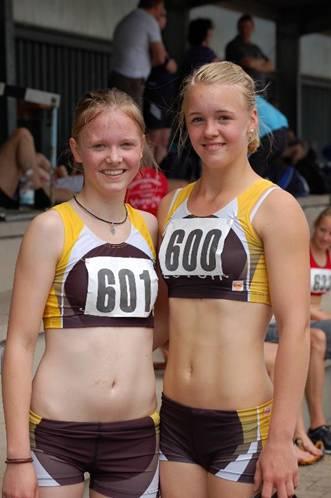Mareike Schuster und Anna Tomforde