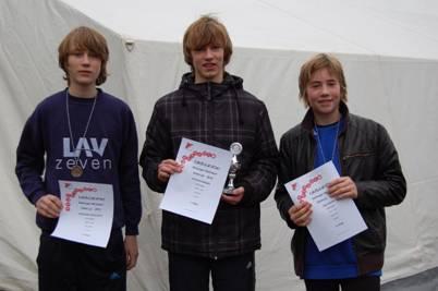 Steffen Meinke (Mitte) siegte im Ostecup bei den Schülern M14 vor Jan Fricke (re.) und Stephan Hauschild.