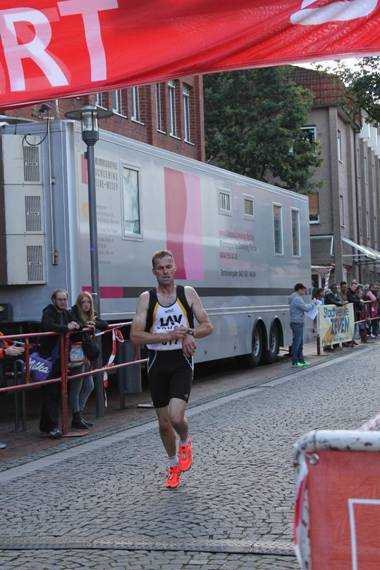 Sieger bei den Männern 5km Andreas Müller, LAV Zeven