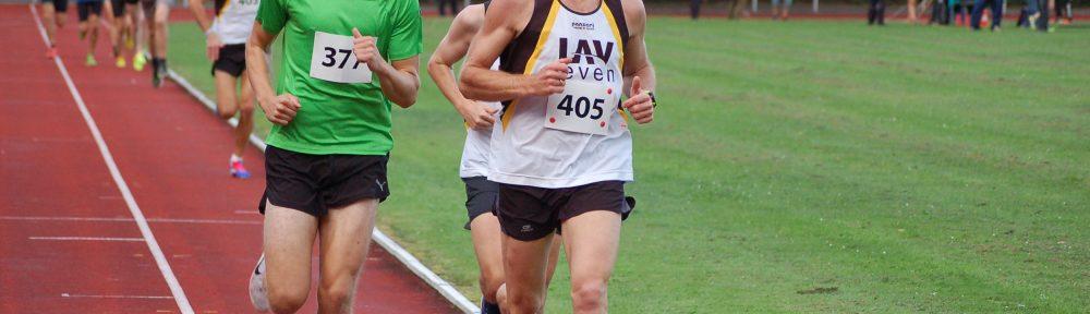 Thomas Silies (Nr. 405) siegte in der Altersklasse der Senioren M45 über die 3000m mit 9:54,69 min und gewann dadurch den Kreismeister- und den Bezirksmeister-Titel.