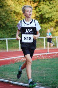 Auch Tjelle Haber von der LAV Zeven wurde am Mittwoch in einem der gemischten Läufe über 800m Kreismeister.