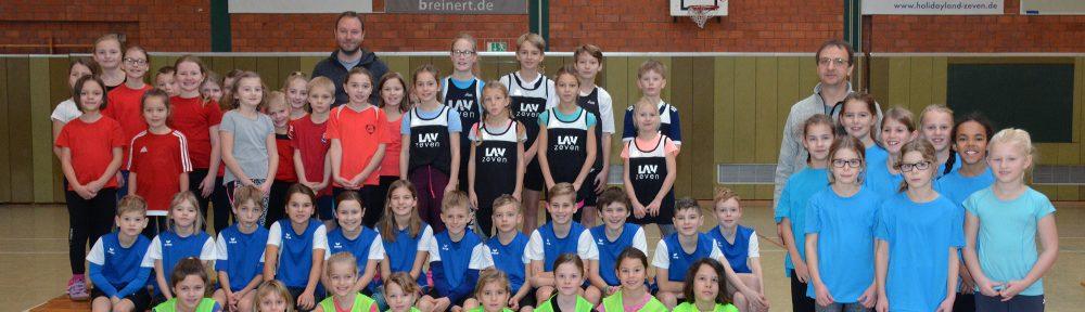 Sieben Mannschaften nahmen an dem Wettkampf in der Sporthalle an der Kanalstraße teil.