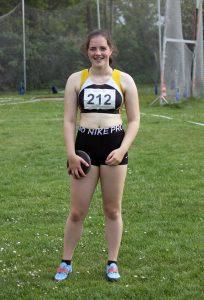 Lena Behrens gewann im Diskuswurf die Silbermedaille.