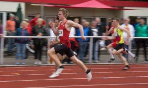 Der Haonnveraner Marcus Ziebell siegt im 100 meter Sprint