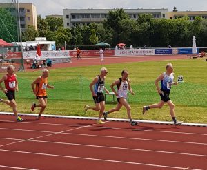 Detlef Wickmann (Nr. 511) Finale 800m kurz vor dem Ziel