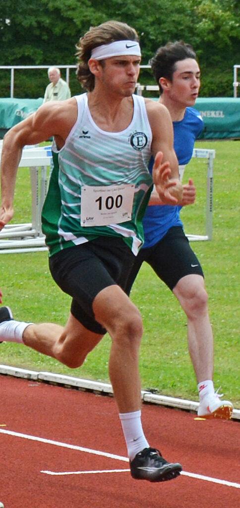 Der 400m-Hürden-Sieger Niclas Jan Kaluza – hier bei einem 100m-Lauf – lief in Zeven eine Deutsche Jahresbestleistung in der Altersklasse der MJ U18.
